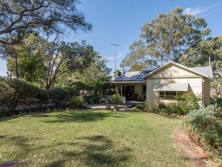 590 Lockwood Road, Beechina, WA 6556