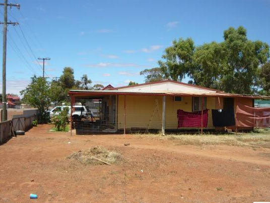 53 Laurie Street, Mount Magnet, WA 6638