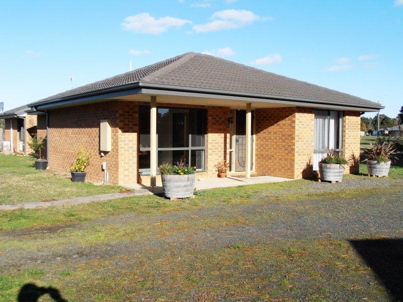 27 Glynwood Grove, Enfield, Vic 3352