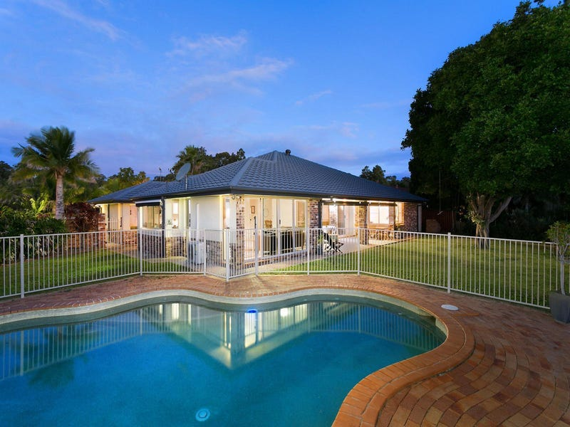 1 Forest Drive, Elanora, Qld 4221