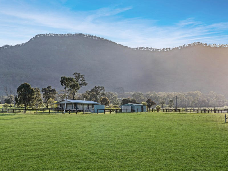 125 Adams Peak Road, Broke, NSW 2330