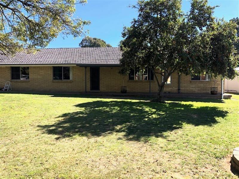 5 Osman  Street, Blayney, NSW 2799