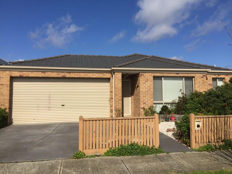 17 Kirwan Drive, Cranbourne East, Vic 3977
