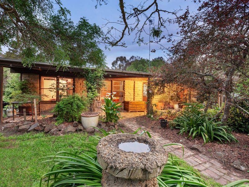 521 Browns Road, Scarsdale, Vic 3351