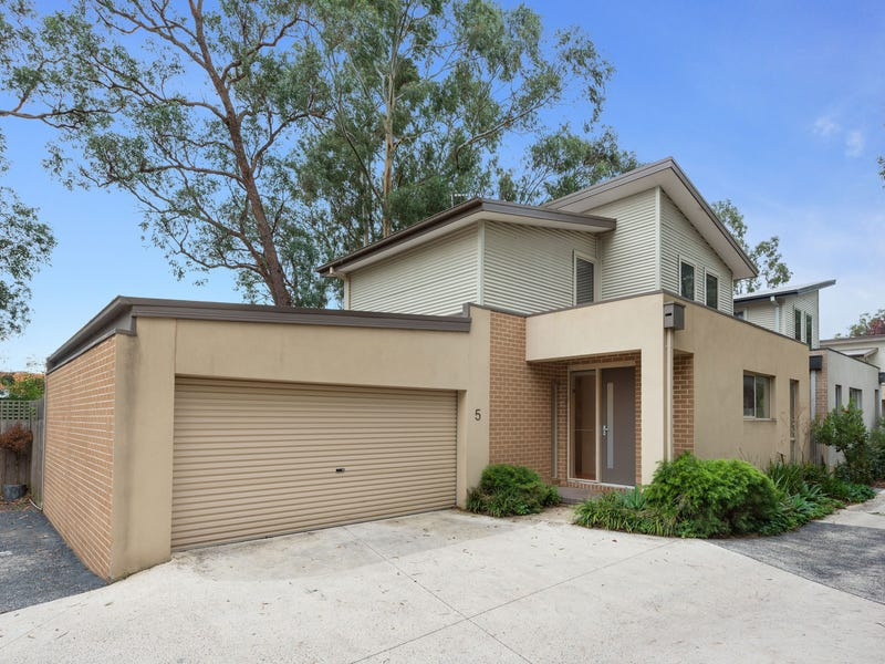 5 Innisfree Walk, Kilsyth, Vic 3137