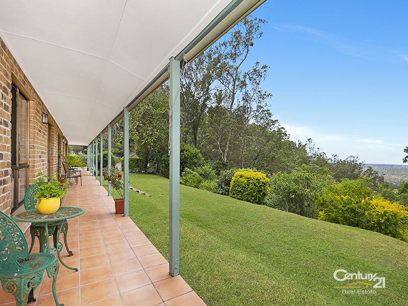 25 Trossachs Place, Upper Kedron, Qld 4055