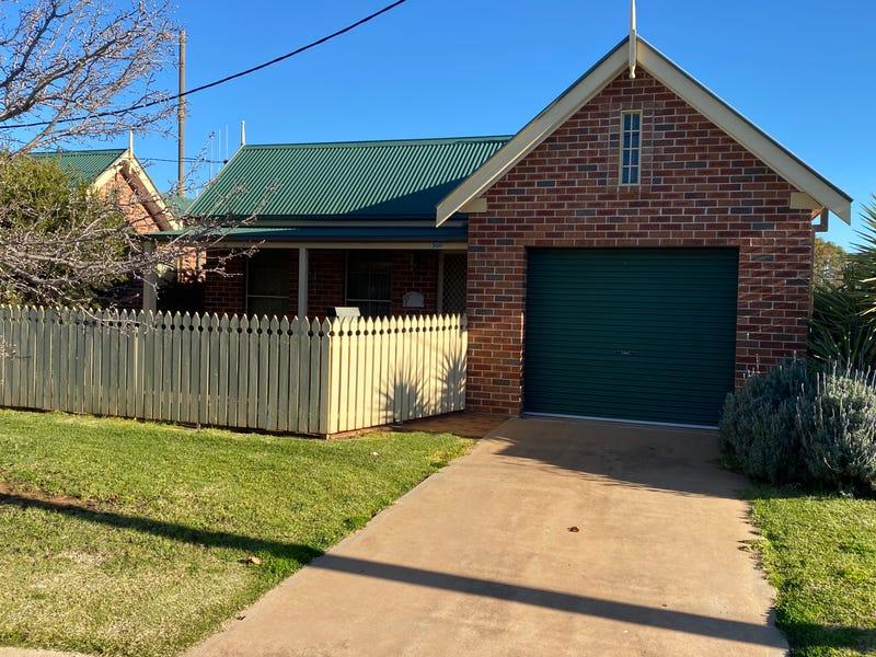 52 Underwood Street, Forbes, NSW 2871