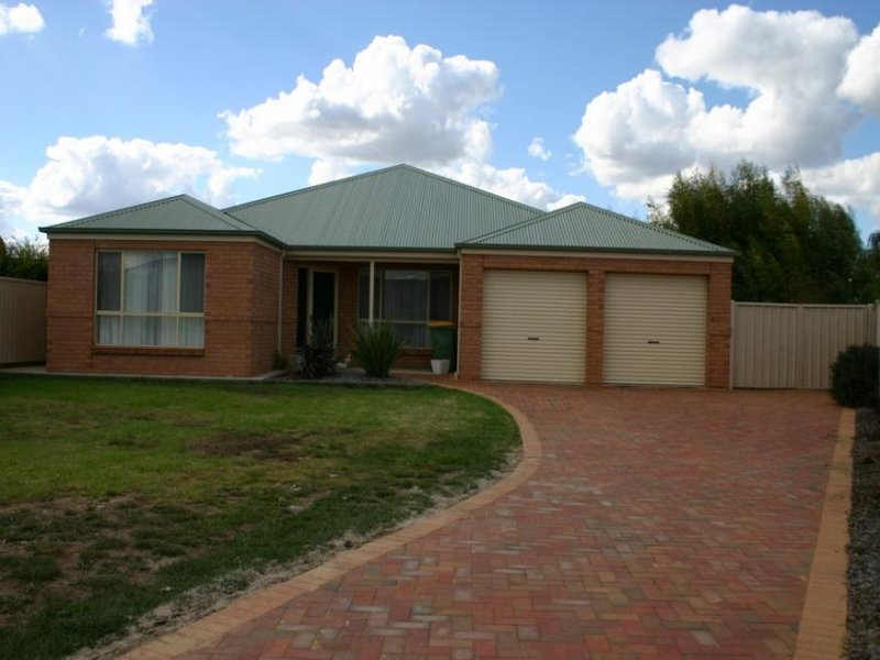 17 Cutri Drive, Swan Hill, Vic 3585