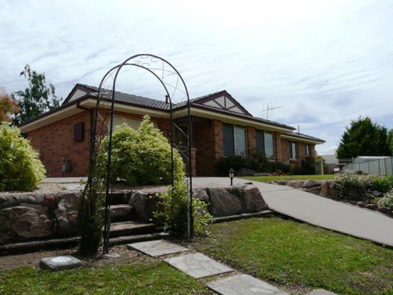 6 Burgess Place, Bathurst, NSW 2795
