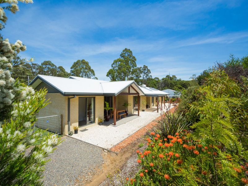 32 Karuka Close, Pambula, NSW 2549