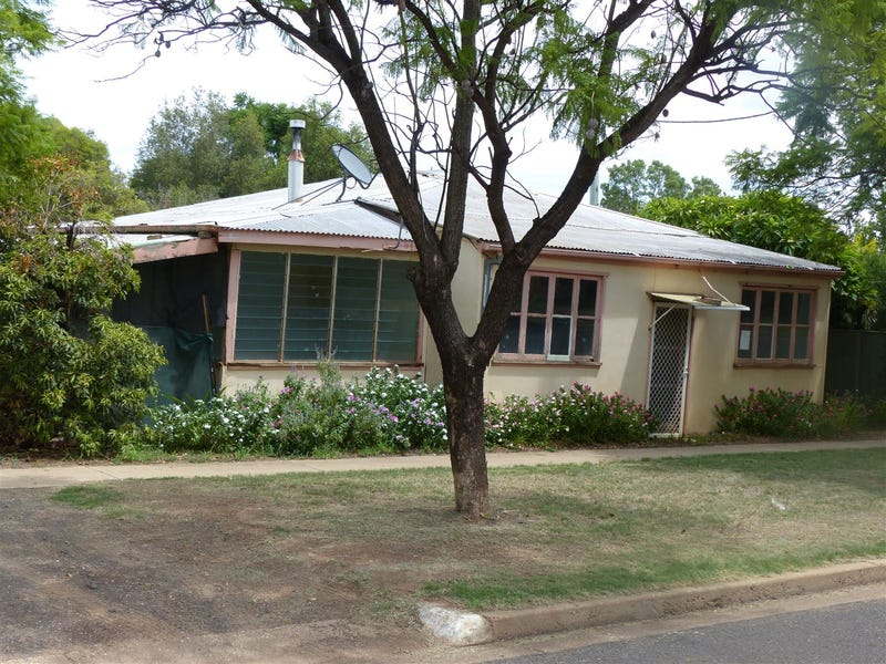 82 Grey Street, St George, Qld 4487