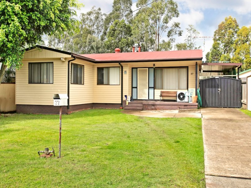 37  Mary Cres, Liverpool, NSW 2170