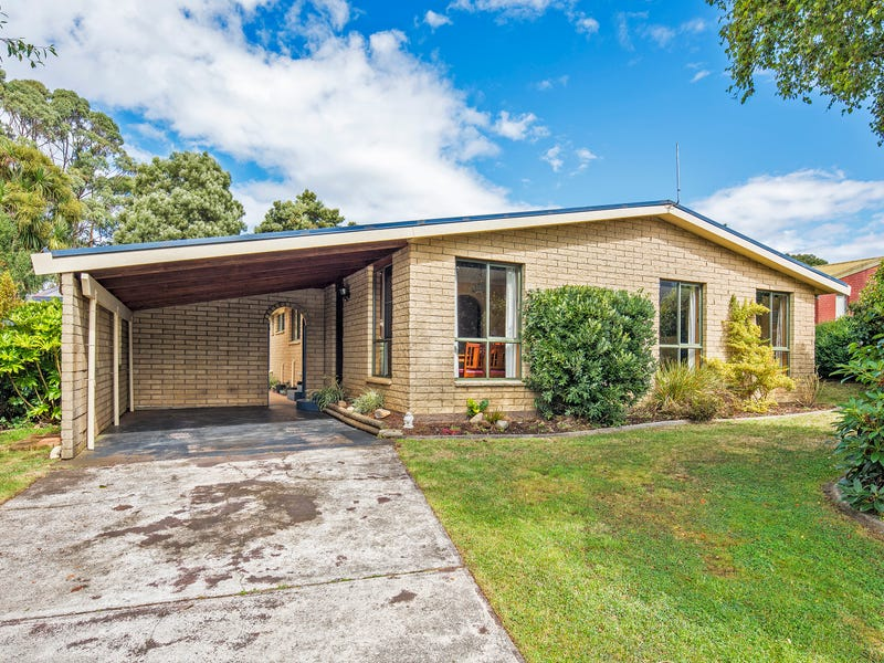 3 Fagan Drive, Downlands, Tas 7320