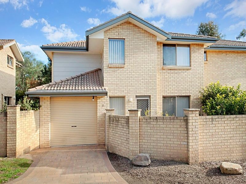 2/10 Womberra Pl, South Penrith, NSW 2750