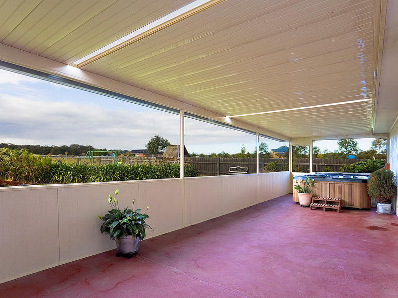 302 Stringybark Road, Nowra Hill, NSW 2540