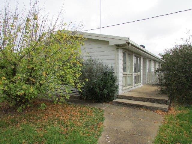 26 McLean Street, Warracknabeal, Vic 3393