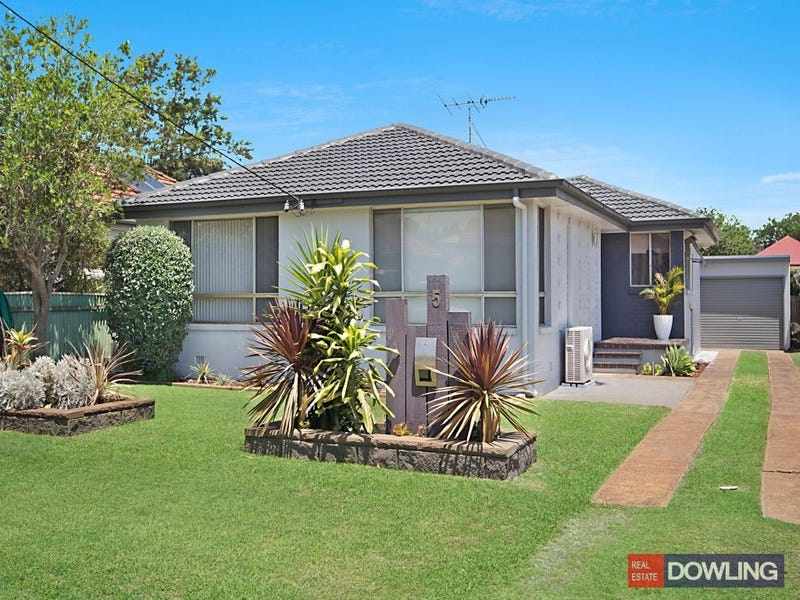 5 Taylor Road, Fern Bay, NSW 2295