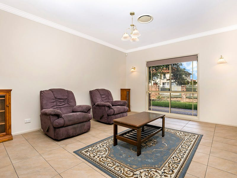 12 Overlord Place, Kuraby, Qld 4112