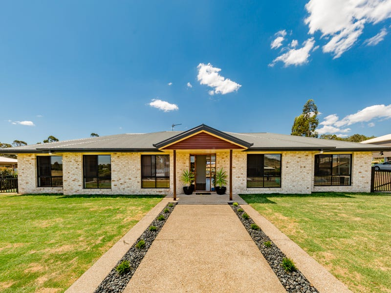 8 Tea Tree Court, Gowrie Junction, Qld 4352