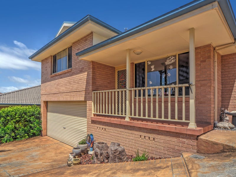 2/4 Narran Way, Flinders, NSW 2529
