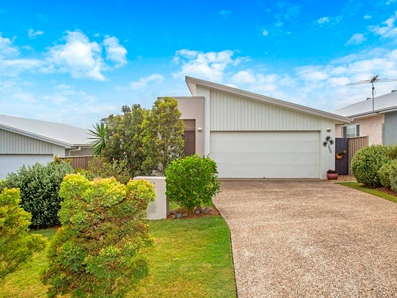 2 / 40 Lennox Circuit, Pottsville, NSW 2489