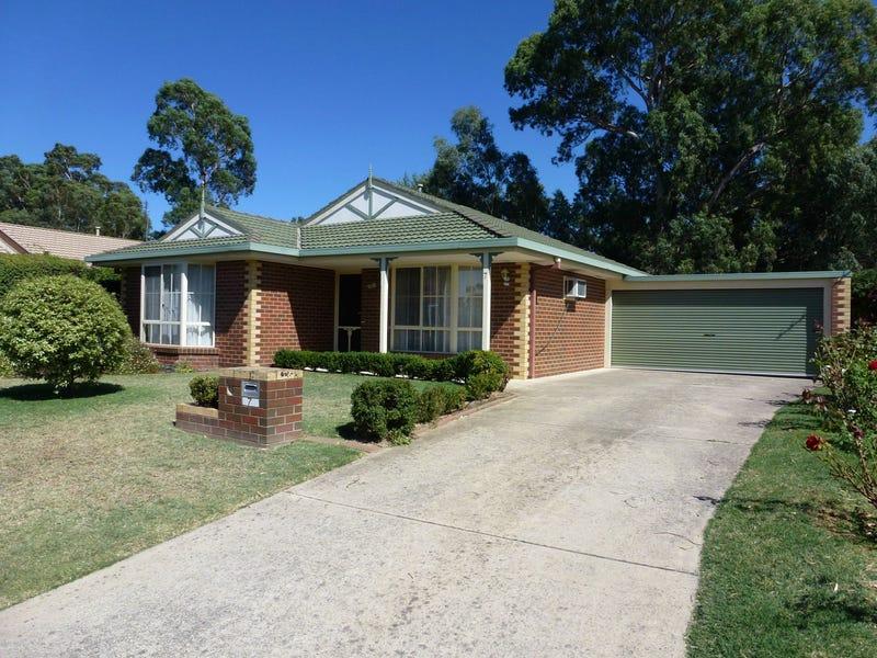 7 Laxdale Court, Kangaroo Flat, Vic 3555