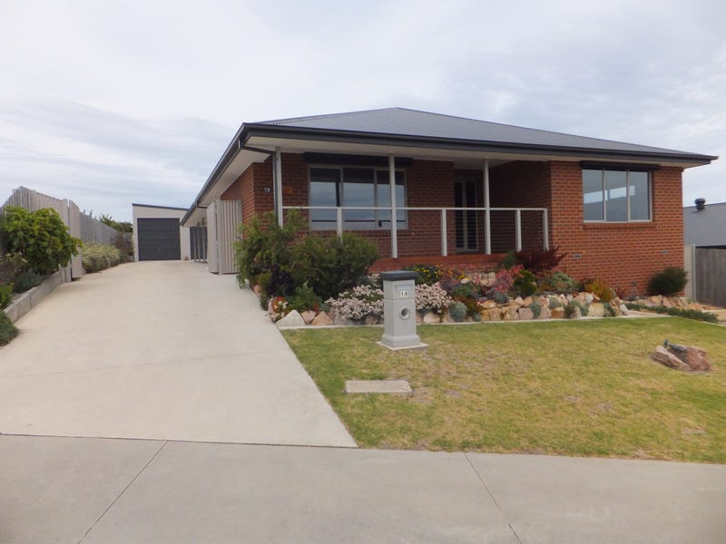 14 Westbury Way, Lakes Entrance, Vic 3909