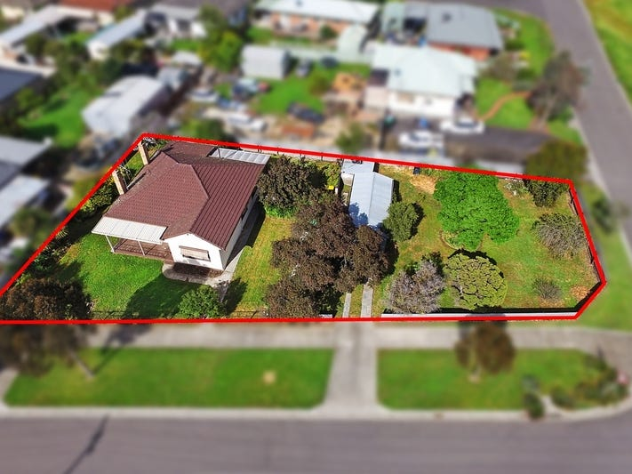 9 Gundry Street, Long Gully, Vic 3550