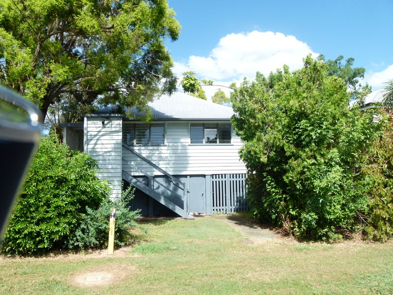 12 North Street, North Ipswich, Qld 4305