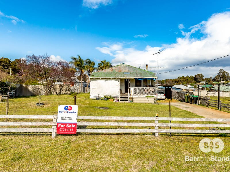 4 Bickerton Street, Collie, WA 6225