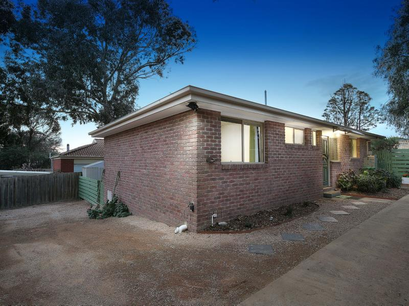 Unit 2/22 Fosbery Crescent, Viewbank, Vic 3084