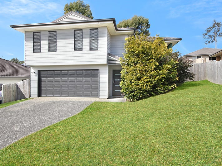 4 Driftwood Place, Springfield Lakes
