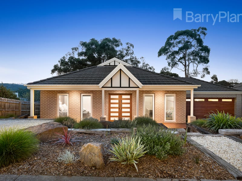 13 Sirocco Court, Wandin North, Vic 3139