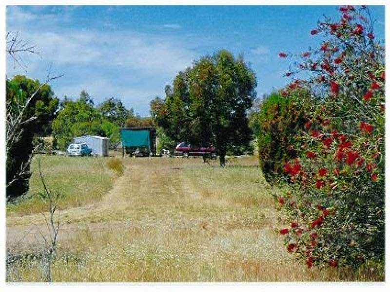Lot 165 Quairading York Road, Kauring, WA 6302