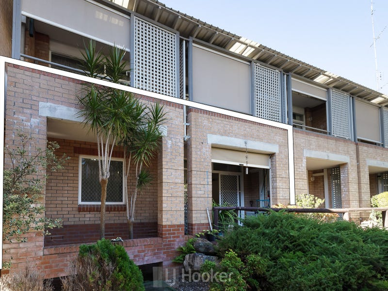102/3 Violet Town Road, Mount Hutton, NSW 2290