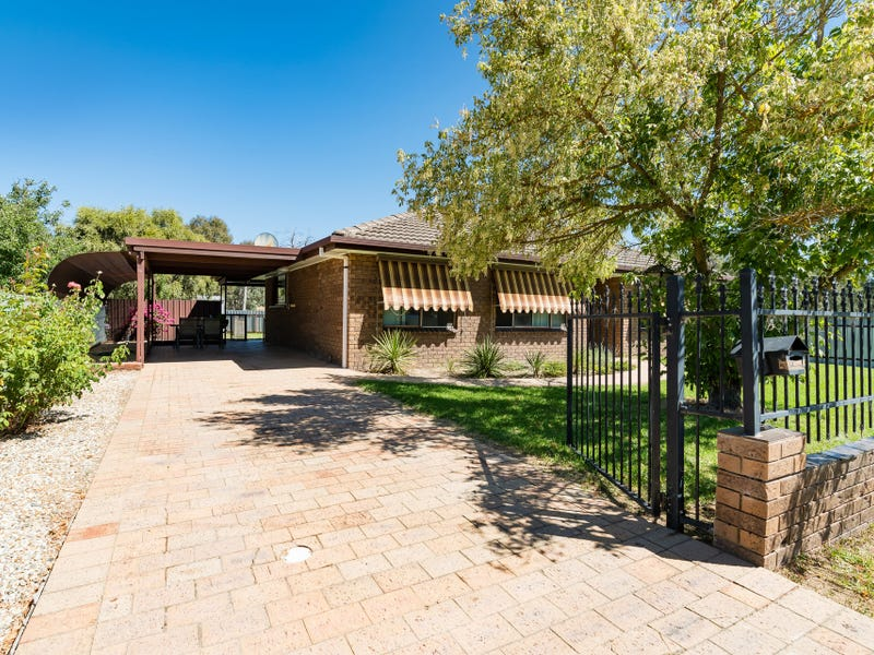 50 Young Street, Holbrook, NSW 2644