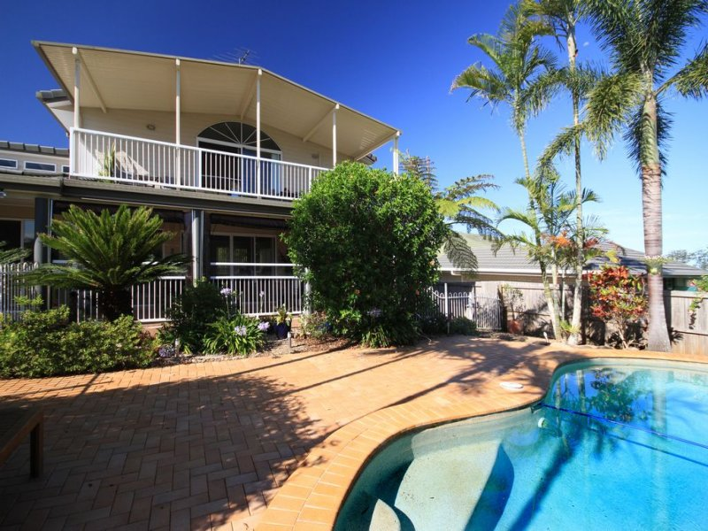 12 Hempstock Street, Glass House Mountains, Qld 4518