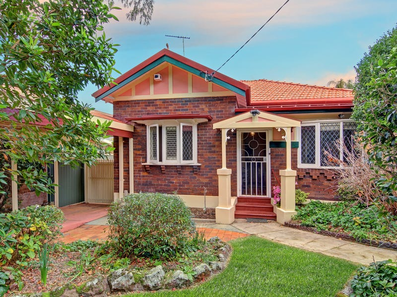 2 Salisbury Street, South Hurstville, NSW 2221