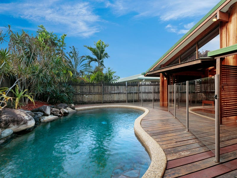 18 Trundle Terrace, Whitfield, Qld 4870