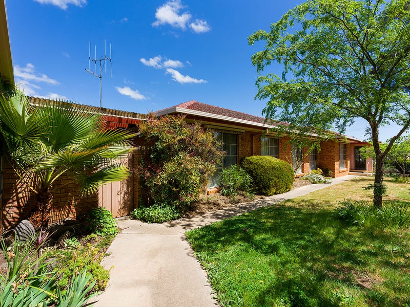 64 Blakeley Road, Castlemaine, Vic 3450