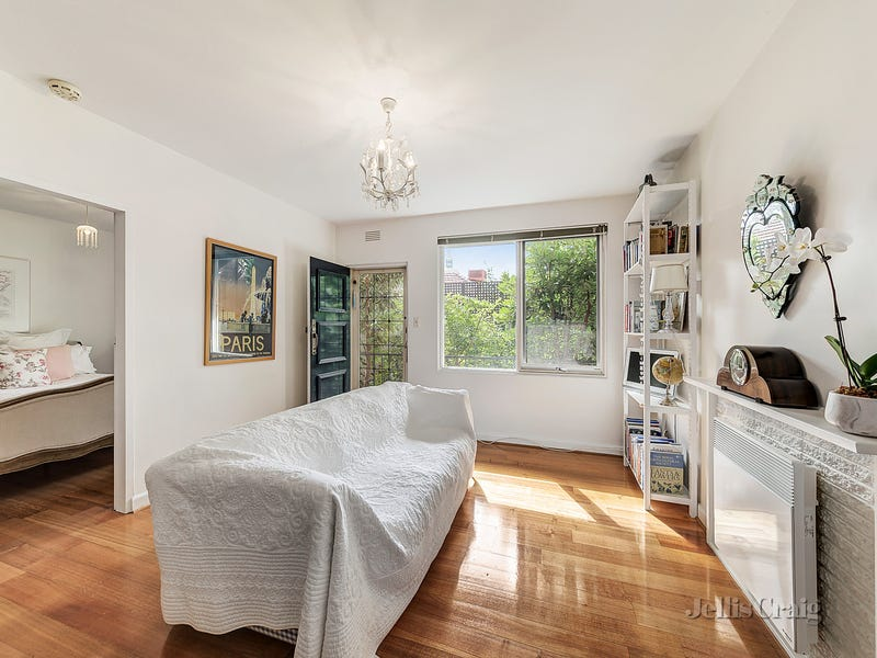 4/84 Campbell Road, Hawthorn East