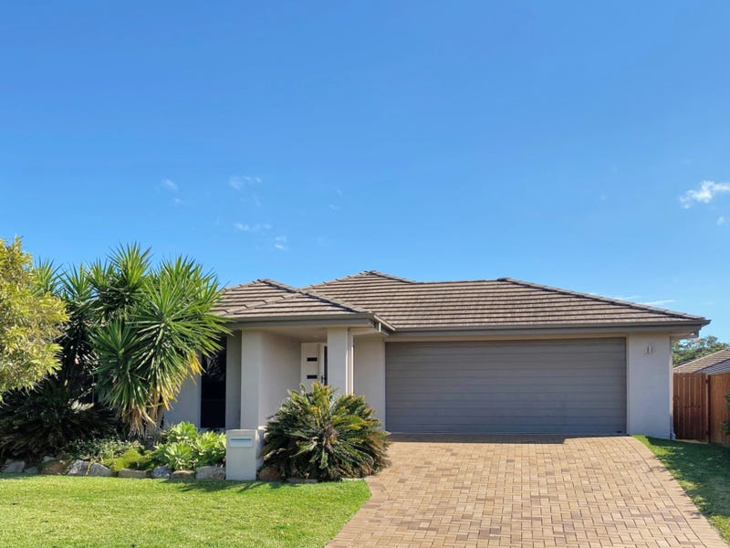 10 Myrtus Street, Mountain Creek, Qld 4557
