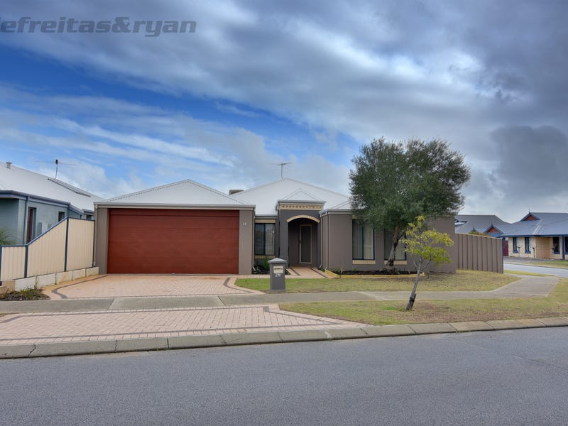 28 Macquarie Boulevard, Hammond Park