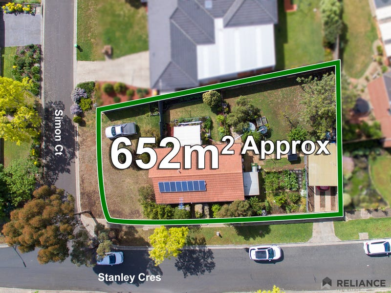 14 Simon Court, Brookfield, Vic 3338