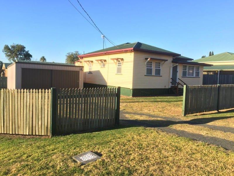 25 Grey Street, South Toowoomba