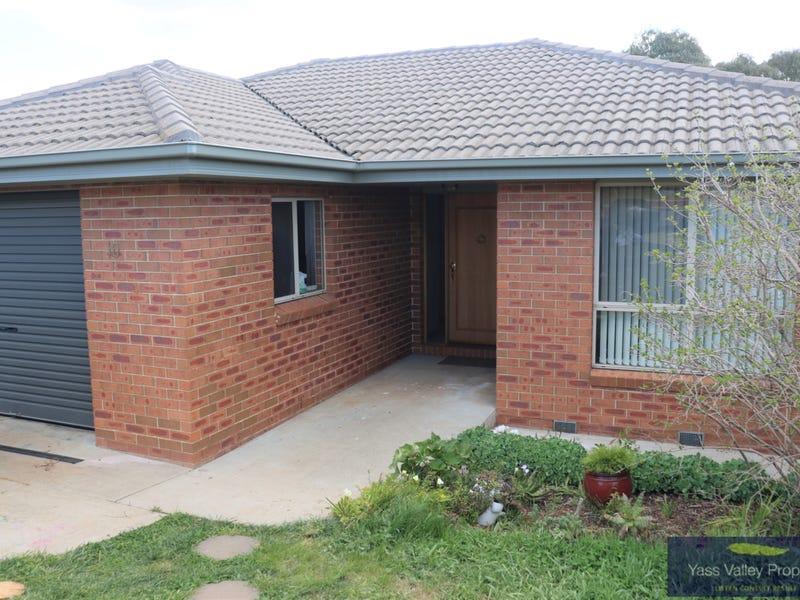10 Barber Street, Yass, NSW 2582