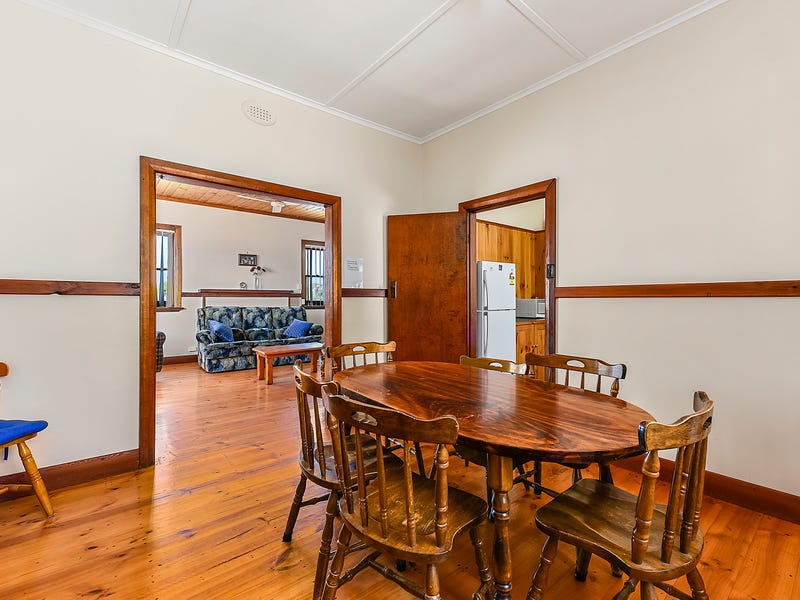 24 McCourt Street, Beachport, SA 5280