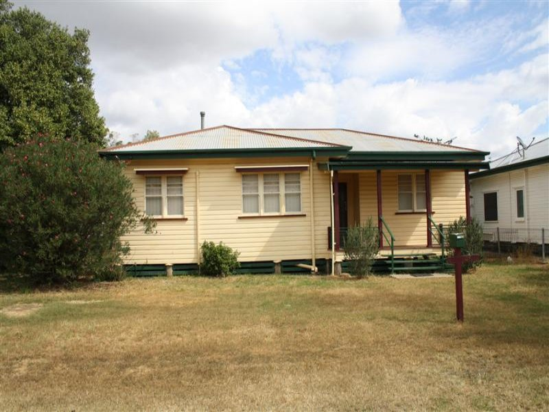 46 palmer street dalby qld 4405 property details for Garage ad nantes dalby