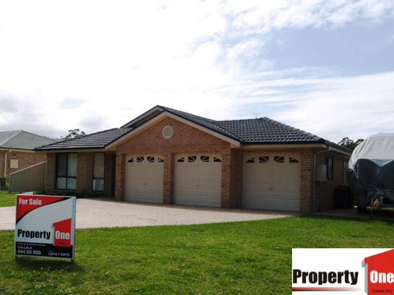 21 Emmett        Street, Callala Bay, NSW 2540