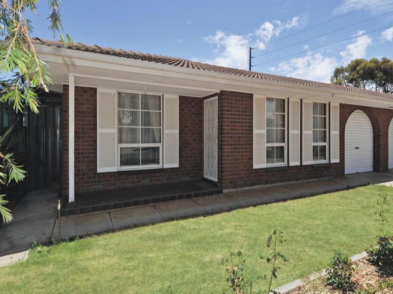 2/3 Ormsby Avenue, Parafield Gardens, SA 5107